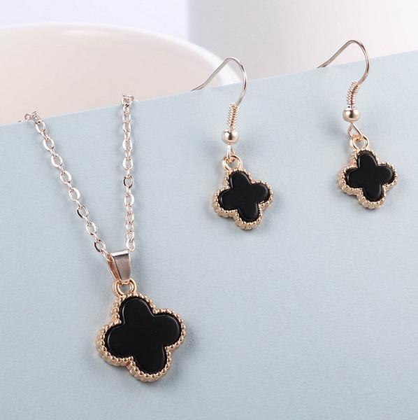 LIXINTAI elegante intarsiato agata nera Lucky Clover collane ciondolo Non dissolvenza insieme collane Marca Ciondolo Di alta qualità di Glittering Lover