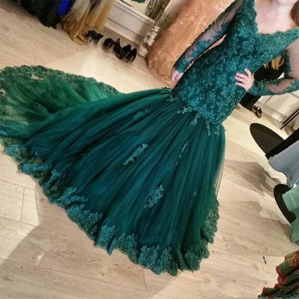 Elegant Dark Green Evening Dresses 2018 V Neck Mermaid Illusion Long Sleeves Lace Applique Prom Gowns Formal Wear