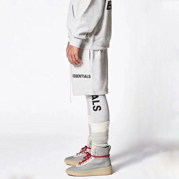 top popular 18SS Essentials Vintage Shorts Luxury Street Summer Breathable Cool Beach Short Pants Fashion Casual Loose Sport Men Women Pants HFYMKZ043 2019