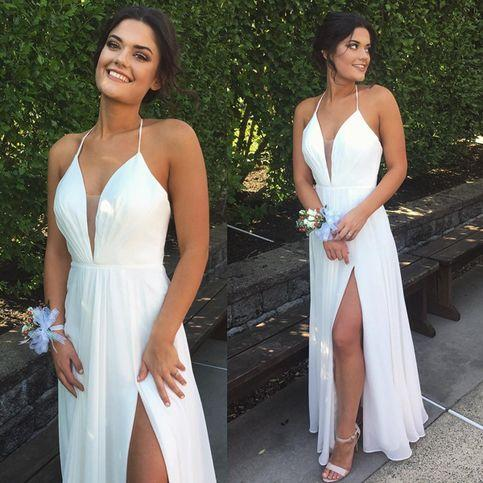 Best White Halter Evening Dresses Sexy V Neck Chiffon High Slit Prom Formal Gowns Elegant Cheap Holiday Long Cocktail Dresses Chic Plus Size