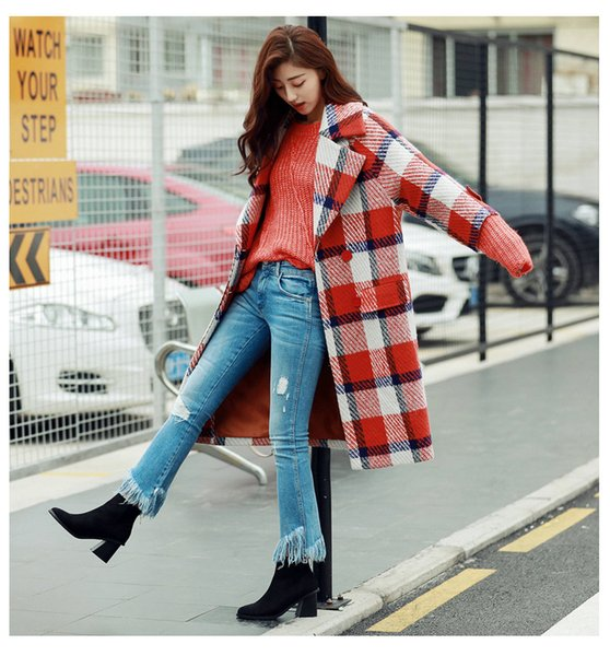 Fashion ladies winter jacket, casual blue / red plaid polyester loose seven-point sleeve double-breasted woolen jacket.