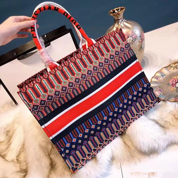 sac à main magnifique pour Lady célèbre Designer classique sac Messenger Casual Voyage femmes Crossbody Titane toile Mesdames sacs