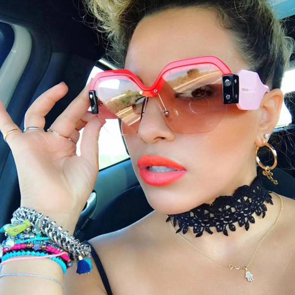 Sexy randlose übergroße sonnenbrille frauen vintage 2018 rot rosa sonnenbrille für weibliche niet großen rahmen männlich shades