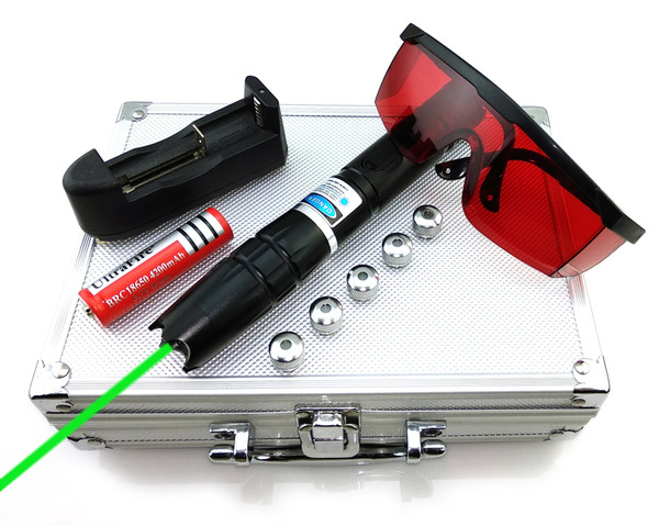 SDLasers GQ2-0300 Adjustable Focus 532nm Green Laser Pointer With 1*18650 Li Battery & 5*Star Cap & Charger & Goggles and Aluminum Case