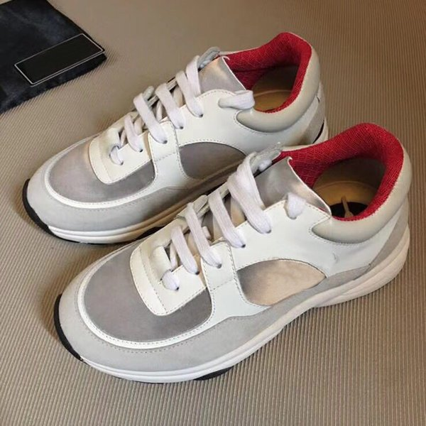 New Season Designer Chaussures Mode Chaussures Femmes Chaussures Hommes Chaussures En Cuir Dentelle Plateforme Super Grand Fond Blanc Noir Casual Chaussures35-40