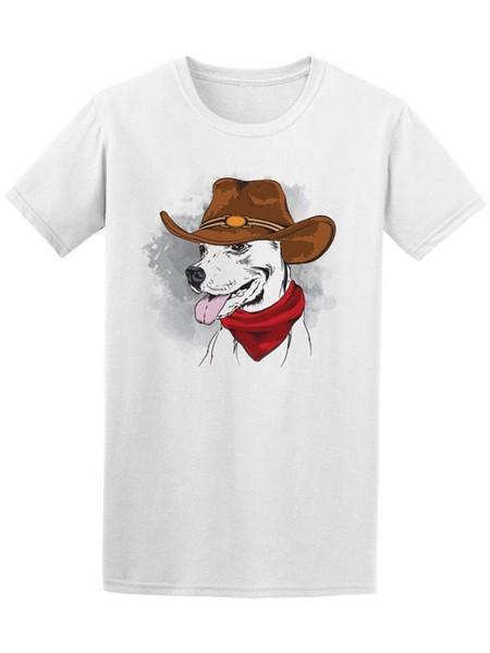 Cão no t-shirt dos homens do chapéu de vaqueiro - imagem por Shutterstock