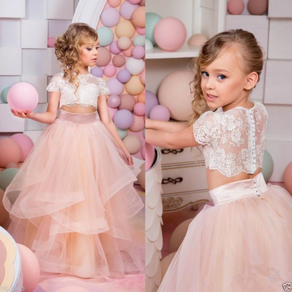2018 Hot Sale Sweet Kids Lace Flower Girl Dress Short Sleeve Elegant Cute Princess Floor Length Wedding Beautiful Child Dress