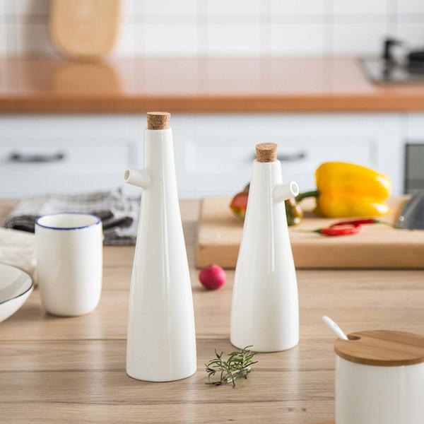 Ceramic Storage Bottles Jars Oil Pot Soy Sauce Vinegar Seasoning Can Gravy Boats Porcelain White Kitchen Cooking Tools Bottles