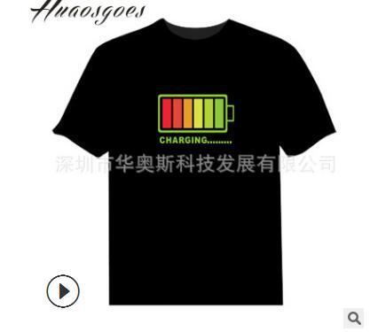 I produttori di sorgenti forniscono vibrato, la stessa batteria, maglietta luminosa controllata dalla voce, t-shirt flash musicale, coppie luminose