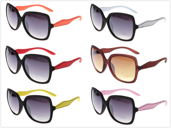 Brand designer Large Frame Square Fashion Sunglasses Wholesale For Men and Women outdoor driving summer Sun glasses With case and box