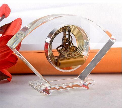 Personalized custom wholesale crystal clock for souvenir gifts