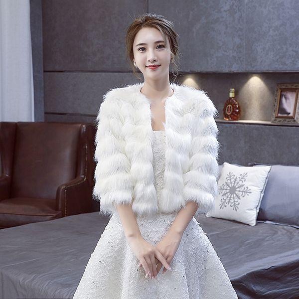 New Arrival Faux Fur wedding capes Water ripple Bridal Wraps Warm Wedding Shawl Jackets Bolero For Wedding Dresses