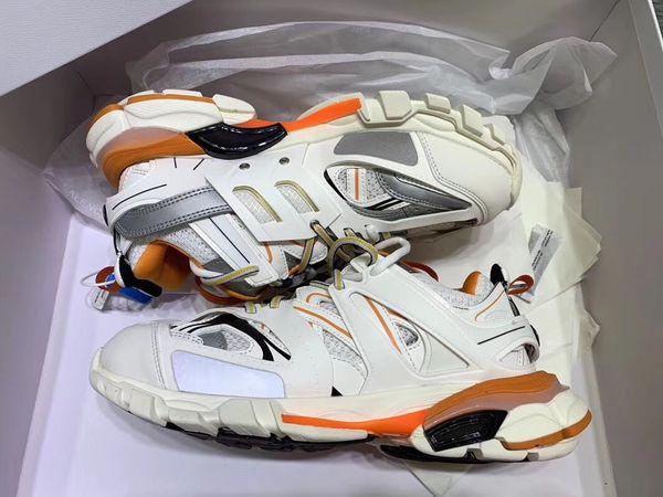 73d3430b5e68 2018 горячая продажа с коробкой мужские кроссовки черный белый желтый  женщины кроссовки горячие мужчины спортивная обувь