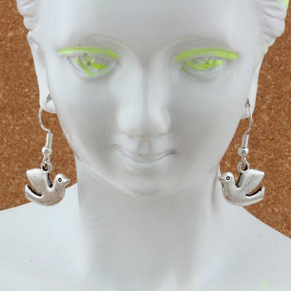 Peace Dove Bird Earrings Silver Fish Ear Hook 24pairs/lot Antique Silver Chandelier Jewelry 17x30.5mm A-250e