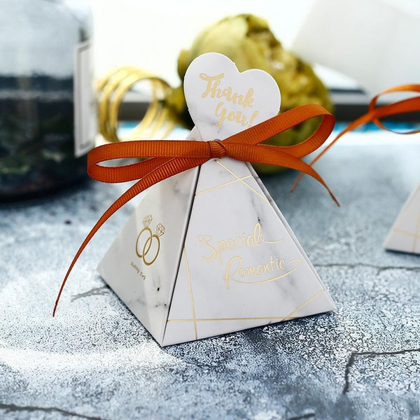 New Creative European Style Triangular Pyramid Sugar Gift Box White Marble Candy Box Wedding Favors Party Supplies Hot Sale 0 8hs aa