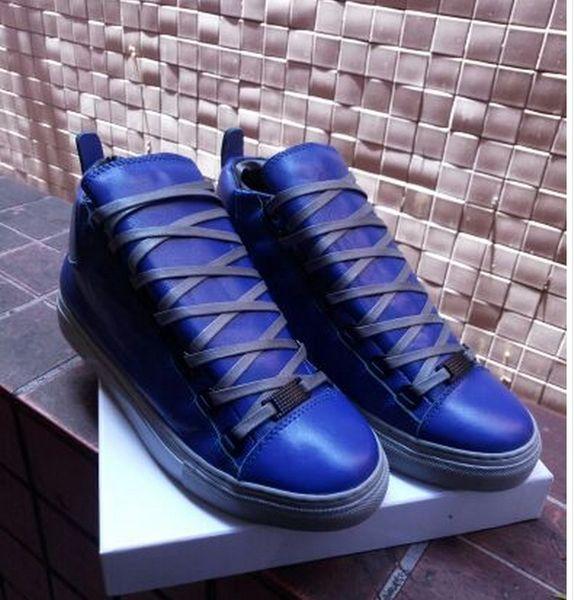 Venta al por mayor Junior Sneaker Luxury Design Men Shoes Kanye West Arena Sneakers Colección de vacaciones Lowcut Sneakers Geunine Leather 38-46