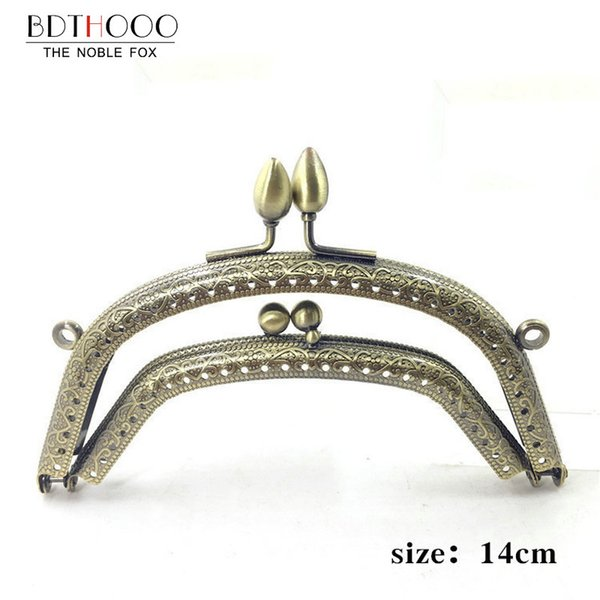 purse frame handle 14cm Metal Purse Frame Handle for Clutch Bag Handbag Accessories Making Kiss Clasp Lock Antique Bronze Tone Bags Hardware