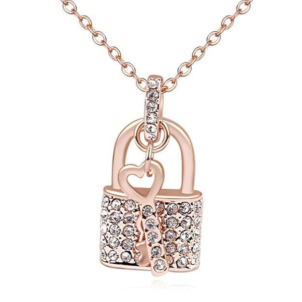 Crystal Necklace Pendants Fashion Jewelry Key And Lock Necklace Vintage Style lady Jewellery Rose Gold Plated 17910