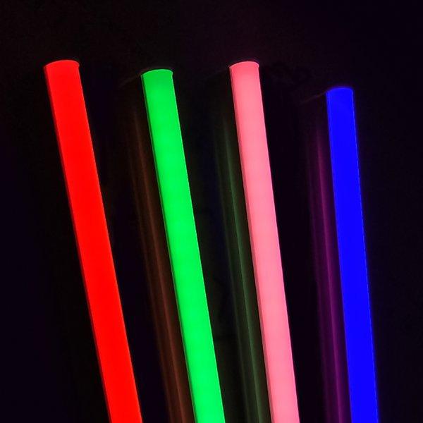 Rosa Licht T5 integrierte LED Leuchtröhre 4ft 5ft Leuchtstofflampen Bunte LED Leuchtröhre 18W 24W Rot Grün Blau Röhren