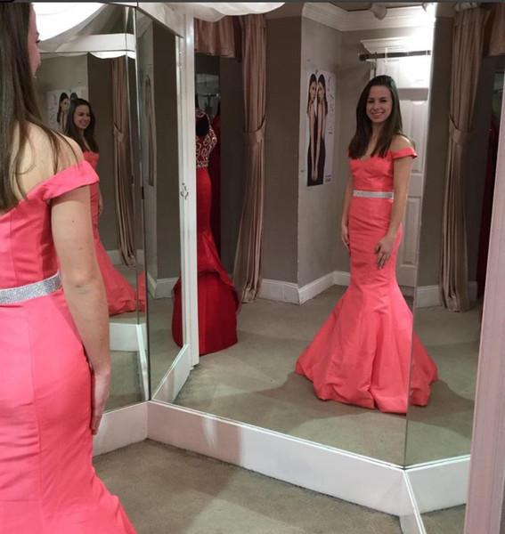 2019 Seksi Kapalı Omuz Kadınlar Gelinlik Mermaid Kat Uzunluk Abiye Boncuklu Bel Kanat Backless Elbiseler için Parti Ucuz parti Kıyafeti