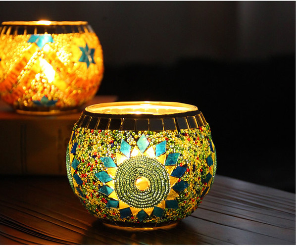 round shape craft Classic mosaic design glass candle holder for bar Christmas and any holidays use
