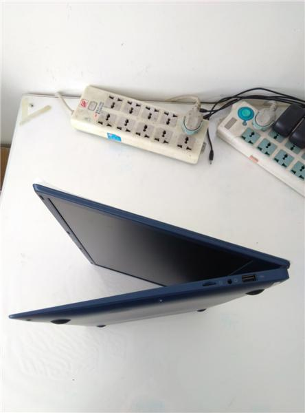 1pcs New 15.6 inch ultrabook with 4G RAM 64G ROM free Windows10 System mini Laptop HDMI WIFI