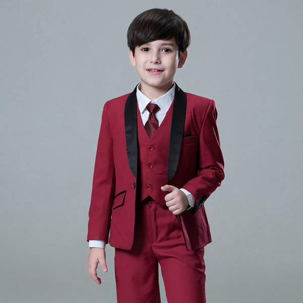 The new stylish boy suit is suitable for all parties. You are free to choose the color and tailor it for you.