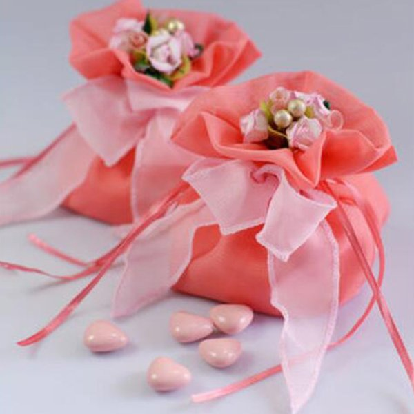30pcs Pink Favor Candy Bags With Ribbon Fashion Fabrics Exquisite Flowers Romantic Wedding Candy Bags Gift Boxes Candy Boxes