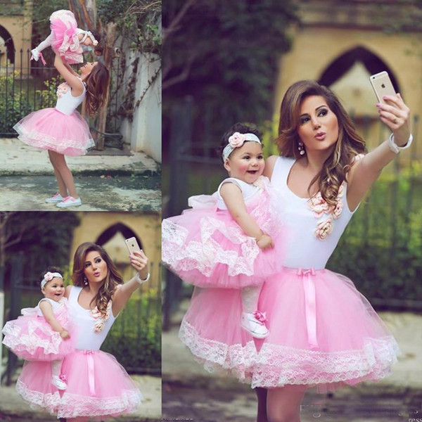 Cute Pink Short Prom Dresses For Mother And Daughter Match with Ball Gown Tulle Lace Applique Cocktail Party Gowns Custom Made