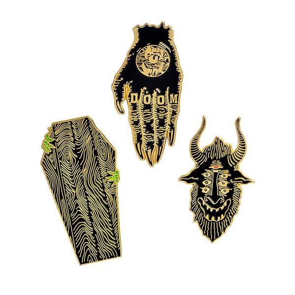 Miss Zoe alfileres oscuros Hand of Doom Ataúd Creep Satan se ve a todos los broches Denim Jacket Pin Hebilla Camiseta Insignia Regalo de moda para amigo