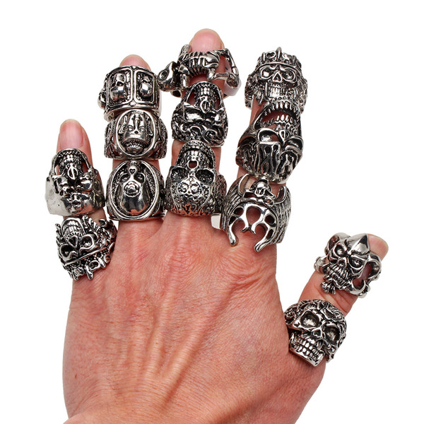 best selling Wholesale Lots OverSize Gothic Skull Carved Biker Mixed Styles lots Men's Anti-Silver Rings Retro New Jewelry r0079