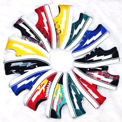 2018 REVENGE x STORM KANYE Old Skool Casual Shoes Sneakers yellow Unisex Slip-On Light Weight Skateboarding Shoes Canvas 2 color