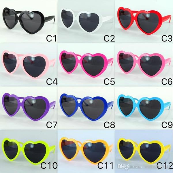DHL nave 13 colori moda donna ragazza estate a forma di cuore occhiali da sole lolita partito spiaggia sole ombra cuore occhiali uv400