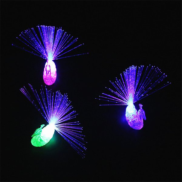 LED Fingers Toys Novelty Items Party Favors Fashion Kids Peacocks Flashing Ring Promotional Event Gifts Lighted Childrens Toy