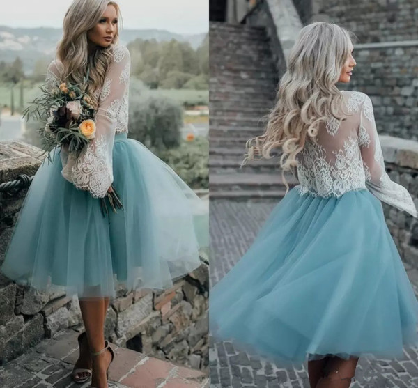 Dusty Blue Two Piece Homecoming Dresses with Tulle Skirt Long Sleeves White Lace Top Prom Dresses Knee Length Party Gown with Tutu Skirt