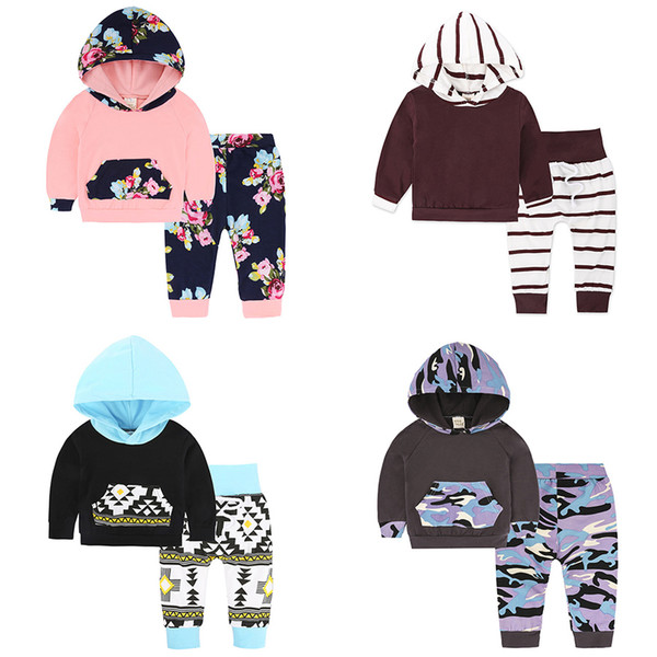 top popular Baby Hoodies+Pants Suits 40+ Designs Kids Pullovers Clothing Sets with Pocket Printed Hooded Long Sleeve Floral Hairband 3-24M for Boy Girls 2021
