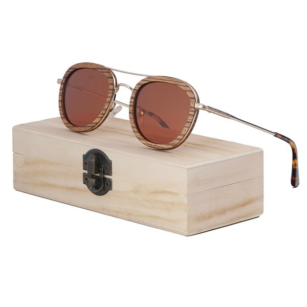 brown lens with case3