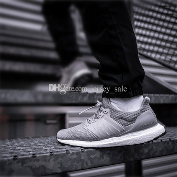 #10 Ultra Boost 4.0 Grey