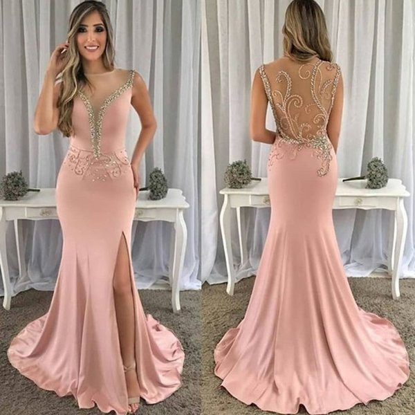Neue Entwurfs-lange Abschlussball-Kleider 2019 O-Ansatz Sleeveless Fußboden-Länge Vestido de Festa Sexy aufgeteilter bördelnder Sweep-Zug-Abend-Kleider