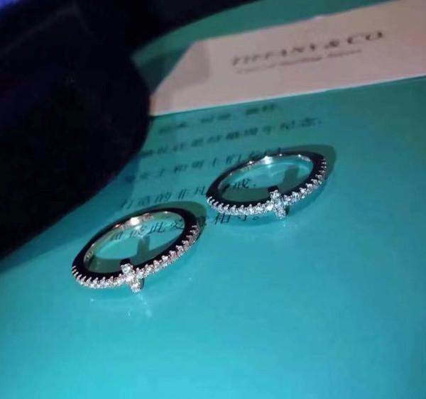 1: 1 yeni varış S925 saf gümüş En kaliteli paris tasarım kadınlar yüzük tüm elmas çapraz tarzı damga süslemeleri damga logo charm kadınlar takı PS6439
