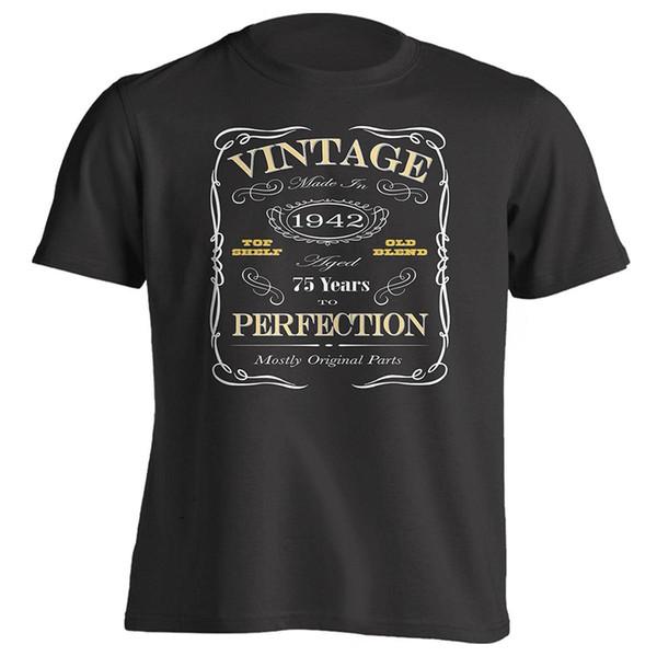 Maglietta personalizzata da regalo di buona qualità T Shirt da 75 ° compleanno Nata nel 1942 Vintage Style Short Sleeve Mens