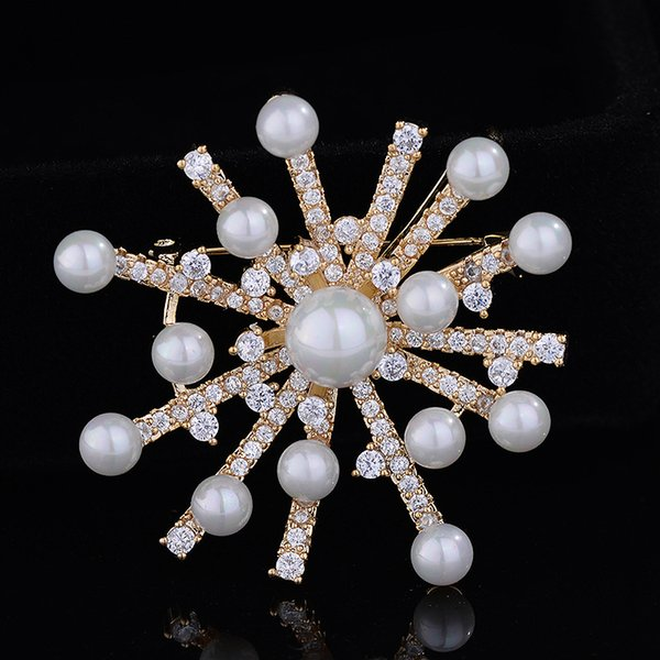 New fashion style pearl zirconia brooch women's high-end suit jacket pin 100 match chest flower manufacturer wholesale