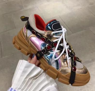 2018 Öncesi Güz Deri ve Orijinal Yüksekliği-tepe Trekking Boot Erkekler Kadınlar için Dantel Up Dağ Tırmanma Ayakkabıları Rahat Hakiki Deri Sneaker X4
