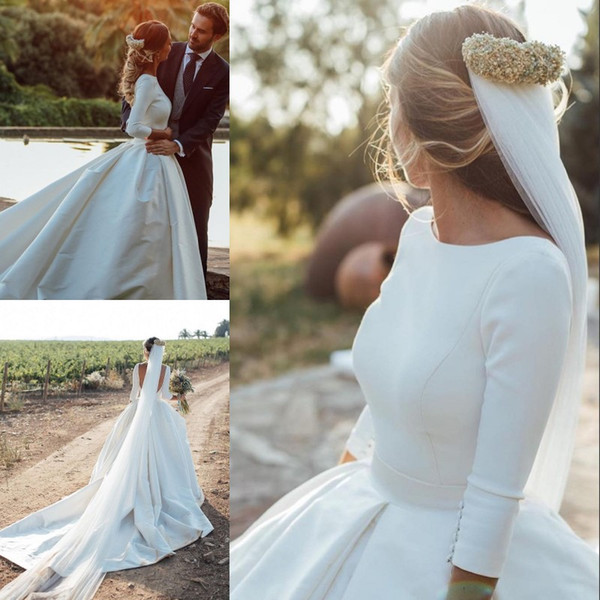 Graceful Boho Country Wedding Dresses Jewel Neck 3/4 Long Sleeve Backless Covered Button Bridal Dress Glamorous Ball Gown Long Wedding Dress