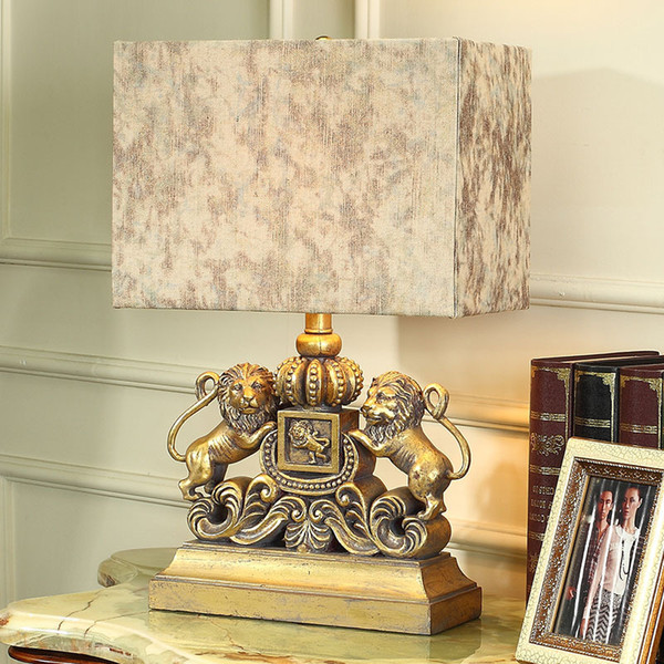 TUDA Lion American Table Lamp for Bedroom Bedside Lamp Decoration Ideas European-style Luxury Sitting Room Lamps and Lanterns