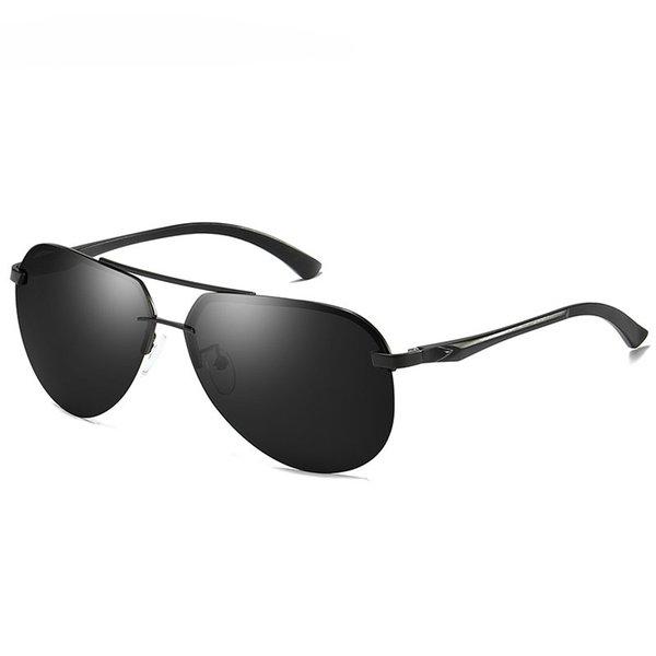 Black frame+grey lenses