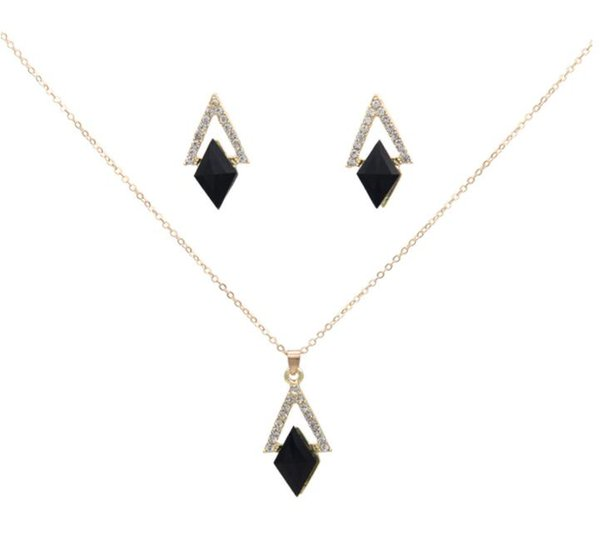 New Crystal triangle hollow out jewelry set Black acrylic geometry pendant necklace earrings set 2pcs/set