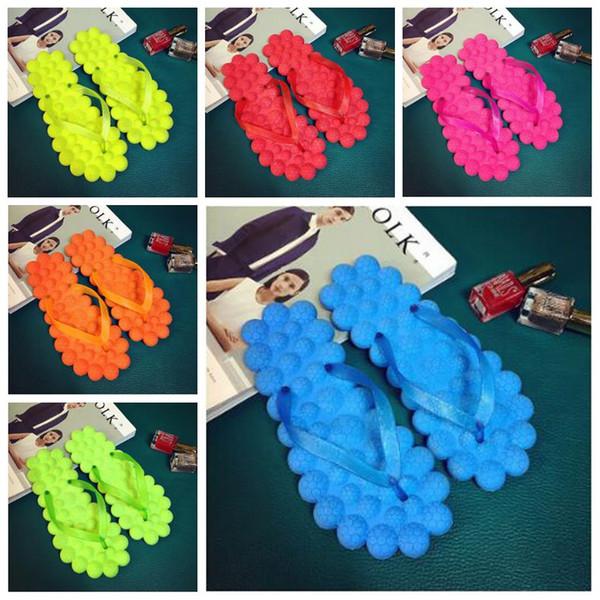 6 Colores Lindos Pequeños Burbuja Fresca Zapatos Sandalias Hogar Verano Playa Zapatillas de Masaje Moda Dulces Color Chanclas CCA9027 30 pares