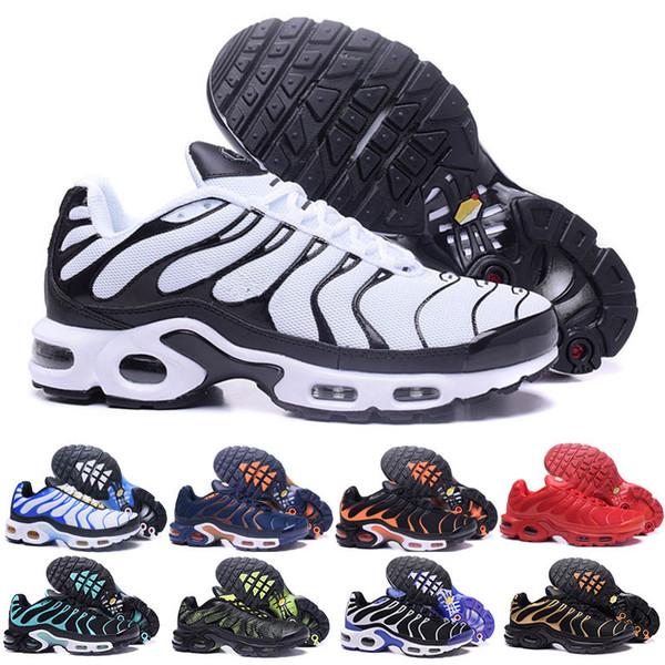 Acheter Nike Vapormax TN PLUS Air Max Remise Hight Qualité Sport Chaussures De Course Nouveau TN Hommes Noir Blanc Rouge Hommes Respirant Runner