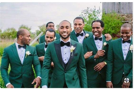 ddb03d8ce Esmoquin de la boda del desgaste del novio verde de la alta calidad para  casarse el mejor juego del hombre (chaqueta + Pant + chaleco) Trajes de la  boda